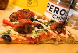 Pizza Personal de Albóndigas de la Nona