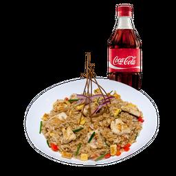Chaufa de Pollo con Coca Cola