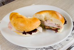 Sándwich Bagel Pavo