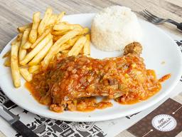 🍽  Pollo en Salsa Criolla