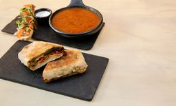 Sándwich Canasto + Sopa de Tomates