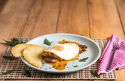 Bistec + Arepa Paisa + Jugo de Naranja(7Oz)🥩🍳🍹☕