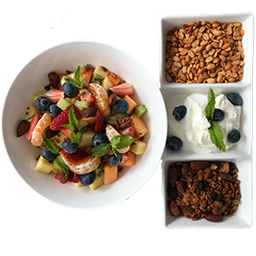 Combo sano: Parfait de Frutos Rojos + Quesadilla de Jamon
