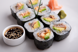 Sushi Salmón Skin Roll