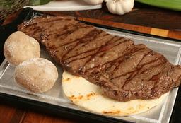 Carne Asada + Papa + Arepa Blanca + Ensalada