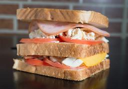 🥪 Sándwich Trifásico