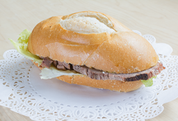 🥪 Sándwich Roast Beef Combo