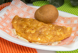 Omelet Jamón y Queso