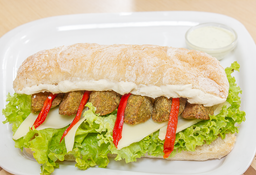 Falafel con Dip de Berenjena