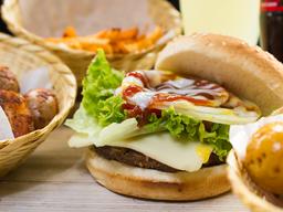 🍔Combo : Hamburguesa Sencilla 150gr + papas + linonada