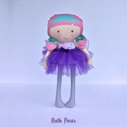 Muñeca Pequeña Ruth Paris.