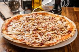 Pizza Pera E Pancetta