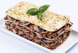 Lasagna Pollo, Jamón y Champiñones Bolognesa