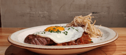 Steak and Egg la Xarcuteria