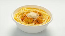 Pasta de Pollo al Curry (Salsa Speciale)