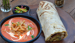 Sopa de Tortillas + Wrap Turco