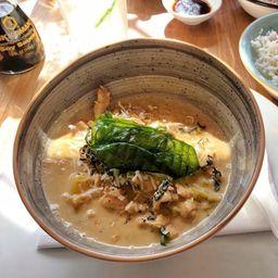 Curry Amarillo de Pollo
