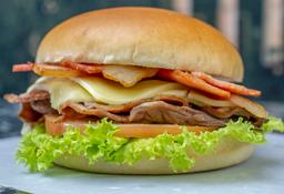Hamburguesa Roast Beef Bacon