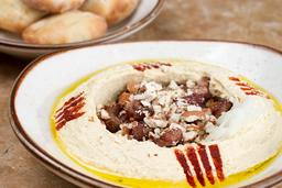 Hummus con Carne o Falafel