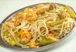Chow Mein Pollo- Camarones