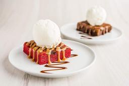 4 Brownies Surtidos con Helado