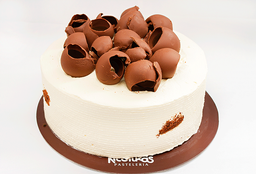 Torta de Chocolate 1/3 Lb. (12 - 15 Porciones)
