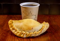 Pastel o Empanada + Café