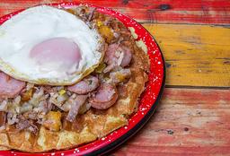 Waffle de Chócolo con Calentado de Desmechada