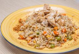 Combo Yakimeshi de pollo