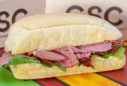 🥪 Sándwich Pastrami de Res