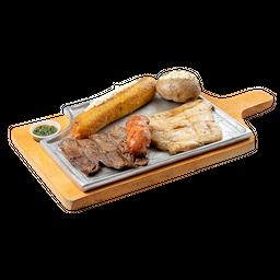 Carne de Res + Pollo + Chorizo