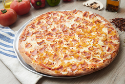 Pizza Mediana  y Gaseosa