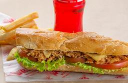 Combo Sándwich de Pollo Desmechado