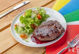Steak al Vino con Ensalada de la Casa