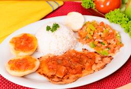 Lomo Cerdo en Salsa Criolla