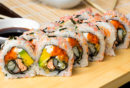 Ojo de Tigre Sushi Roll