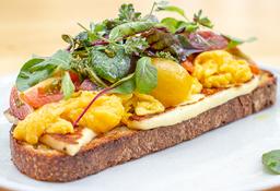 Tartine de Queso Plancha y Huevo