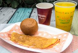 Omelet, Jugo De Naranja Natural Y Cafe
