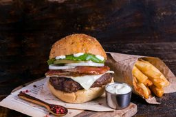 RappiLunch: hamburguesa Cheese & Bacon + Papas a la Francesa