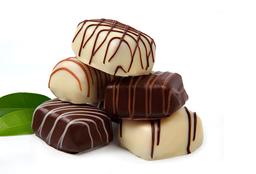 Chocolates Rellenos Lata 4 Unid