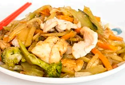 Chopsuey con Pollo Picado