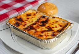 Mini Lasagna Mixta + Jugo Hit
