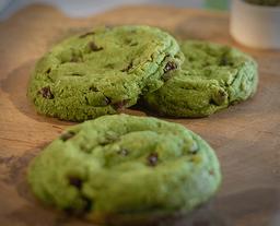 Galleta de té verde con chips de chocolate