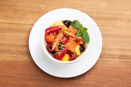 Ensalada de Frutas Frescas con Polen de Abejas