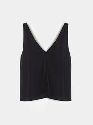 Blusa Escote V Unicolor.