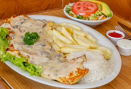 Pechuga en Salsa de Champiñones + Bebidas Gratis