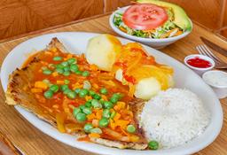 Sobrebarriga en Salsa Criolla + Bebidas Gratis