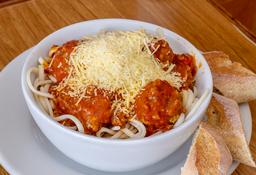 Spaguetti  + Bebidas Gratis