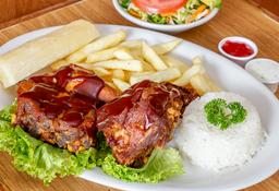 Costilla de Cerdo en Salsa BBQ + Bebidas Gratis