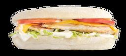 Sándwich Sub Clásico de Pollo a la Parrilla